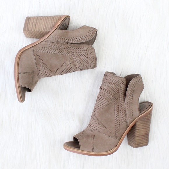 6c9097c0d9 VINCE CAMUTO Karinta Block Heel Bootie in Grey. M_5af4aa7161ca107c3bdf795b